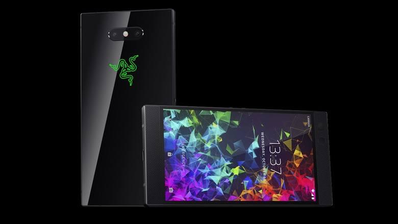 Udoskonalona wersja Razer Phone'a udowadnia, że smartfon świetnie sprawdza się nie tylko w pracy, ale również w grach. Pomiędzy dwoma taflami szkła spiętymi