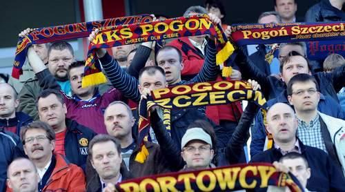Kibice Pogoni Szczecin.