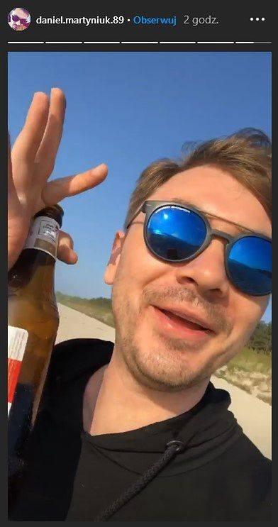 Daniel Martyniuk śpiewa na plaży.WIDEO I WIĘCEJ INFORMACJI - KLIKNIJ DALEJ