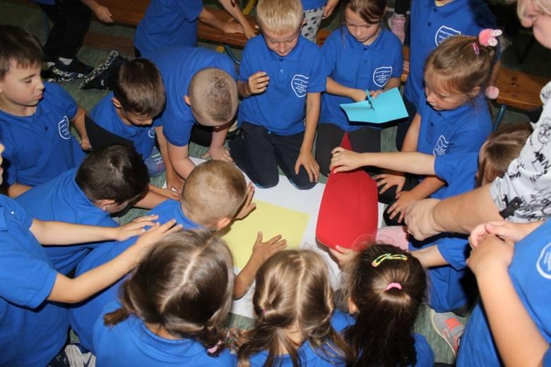17 września w Szkole Podstawowej im Kornela Makuszyńskiego w Świeminie odbyła się impreza dla przedszkolaków z gminy Biesiekierz, Koszalina i Mścic.