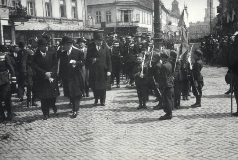 Uroczystości z okazji święta państwowego, lata 1932-35