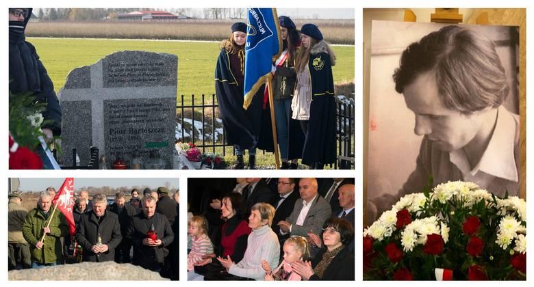 Uroczyste obchody 35. rocznicy śmierci Piotra Bartoszcze rozpoczęły się w Radłówku, od złożenia kwiatów i zapalenia zniczy pod obeliskiem śp. Piotra