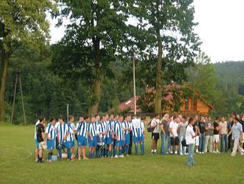 Zwycięzcy turnieju Raba Dobczyce (po lewej stronie) Fot. (ADOM)