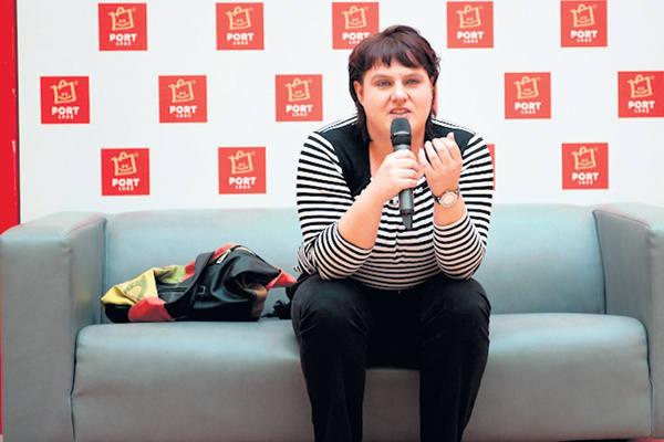 - Na co dzień mam problem ze znalezieniem modnych ubrań w moim rozmiarze - twierdzi Jolanta Krasińska.