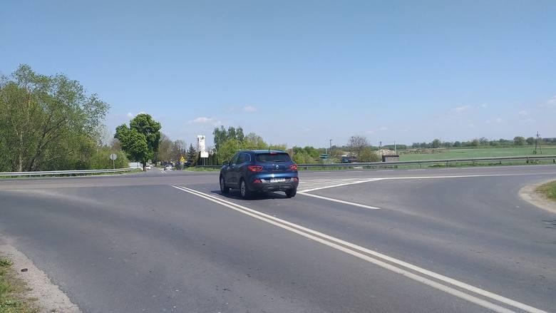 Na skrzyżowaniu ul. Nad Groblą z DK91 dochodzi do wielu wypadków i kolizji. Ostatni był śmiertelny