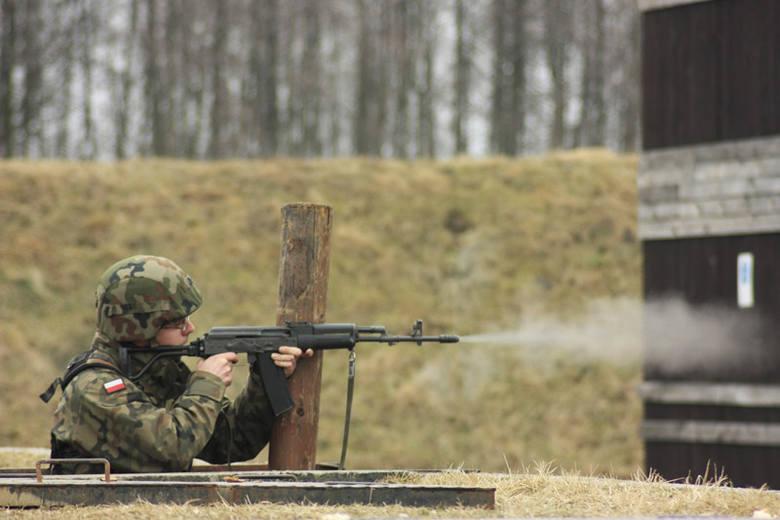 Opolscy żołnierze uczyli się strzelać