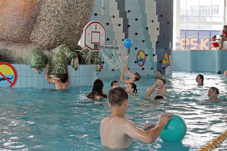 Park Wodny w Krakowie ul. Dobrego Pasterza 126Obiekt otwarty od 28 maja (z wyjątkiem saunarium - stan do 5 czerwca 2021).GODZINY OTWARCIAPark Wodny czynny