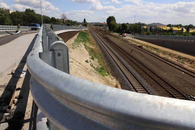 Przebudowa ul. Kostrzyńskiej i al. 11 Listopada obejmuje 3-kilomentrowy odcinek od węzła z drogą S3 do os. Słonecznego.