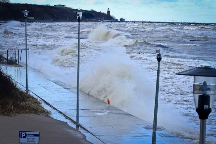 We wtorek w naszym regionie będzie obowiązywać ostrzeżenie przed silnym wiatrem.Jak informuje Instytut Meteorologii i Gospodarki Wodnej, w powiatach