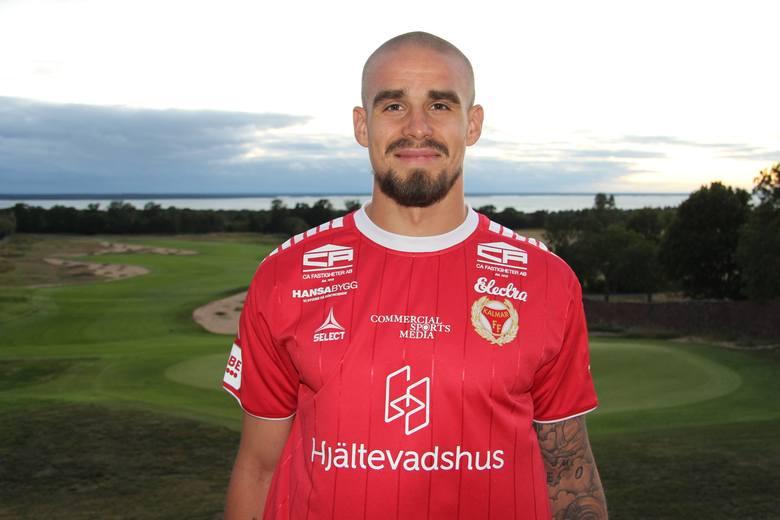 Douglas Bergqvist zagra w Szwecji