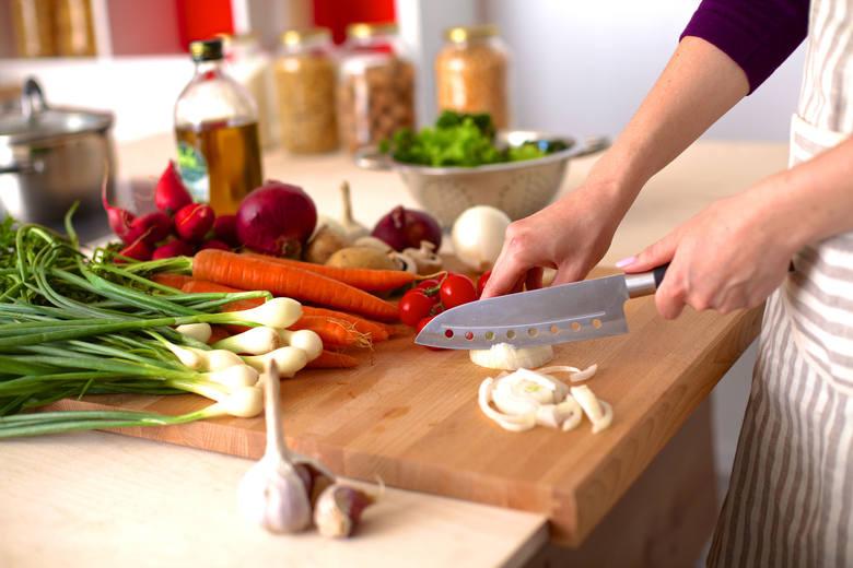 Zdrowa dieta to nie tylko wybór naturalnej żywności. Nawet najlepszy produkt może stracić swoje cenne właściwości, a nawet stać się źródłem szkodliwych
