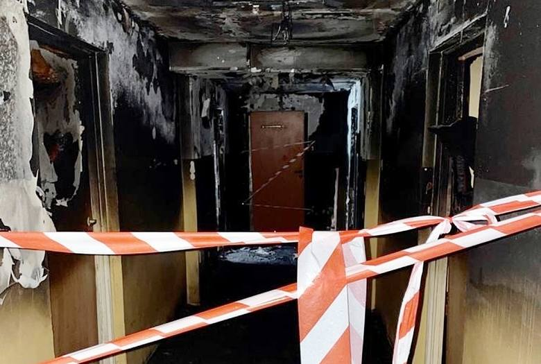 Spalony częściowo budynek przy ul. Łącznej będzie teraz remontowany Zobacz kolejne zdjęcia/plansze. Przesuwaj zdjęcia w prawo - naciśnij strzałkę lub