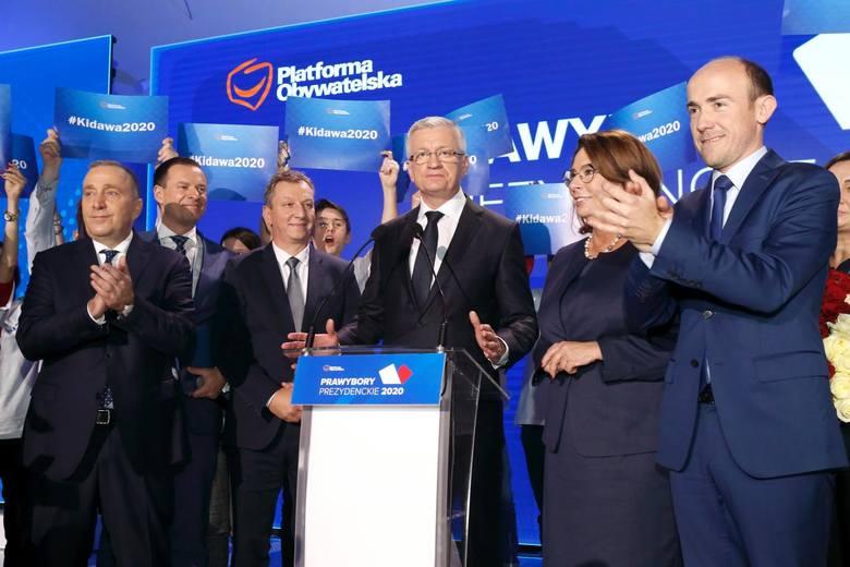 Nieoficjalnie politycy PO tłumaczą, że wygrana Jacka Jaśkowiaka z Małgorzatą Kidawą-Błońską byłaby ogromnym zaskoczeniem. Według nich marszałek Sejmu