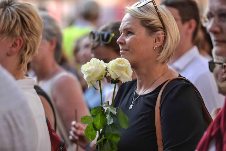 """""""Marsz Życia"""" przeszedł ulicami gdańskiego śródmieścia."""