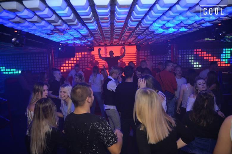 """W sobotę w słupskim klubie COOL odbyła się impreza z cyklu """"Resident Night"""". Zobaczcie zdjęcia."""
