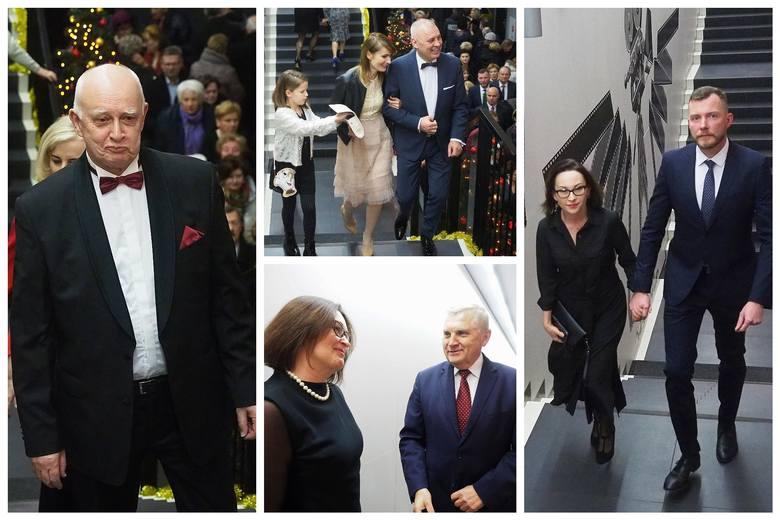 Białostocki Ośrodek Kultury zaprosił mieszkańców na Galowy Koncert Sylwestrowy. Kino Forum wypełniły śpiewające fortepiany, za którymi zasiedli Czesław