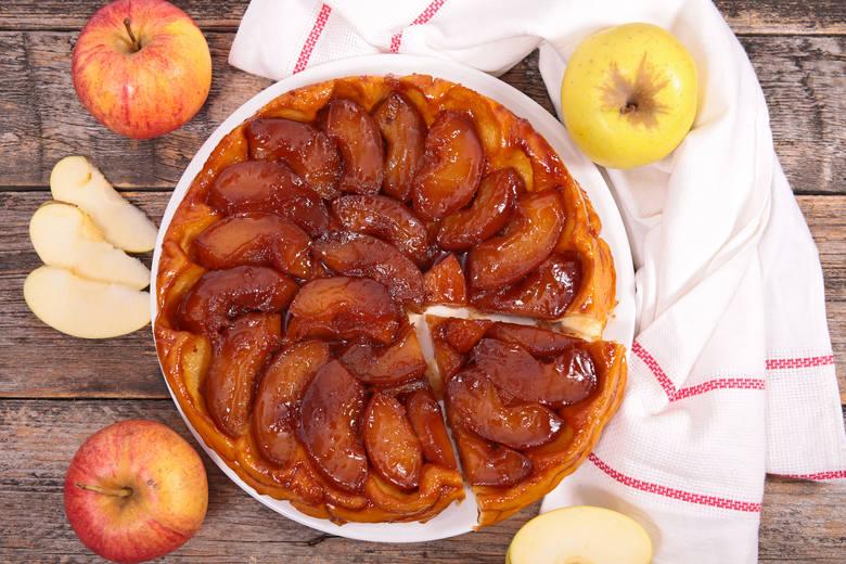 Tarta Tatin - już ponad stulecie ta słodka z jabłkami tarta nazywa się klasykiem francuskiej kuchni