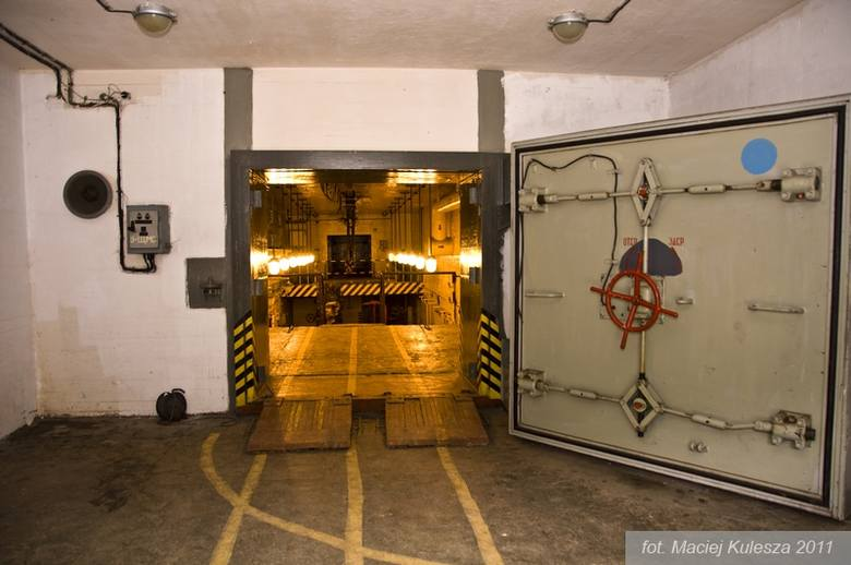 Na terenie bazy obowiązały rygorystyczne zasady bezpieczeństwa. Nigdy nie dowiemy się, czy doszło tutaj do incydentów z promieniowaniem radioaktywny