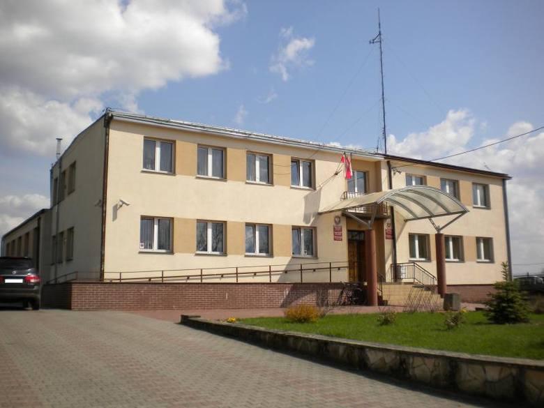 27 maja 1990 roku odbyły się  pierwsze wybory do samorządu terytorialnego w Polsce, po 40 latach przerwy. W Magnuszewie wybieraliśmy Radę Gminy, która