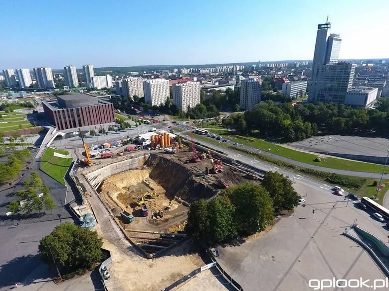 Wielka dziura pod wielkie Biurowce KTW - zdjęcia z drona www.gplook.pl