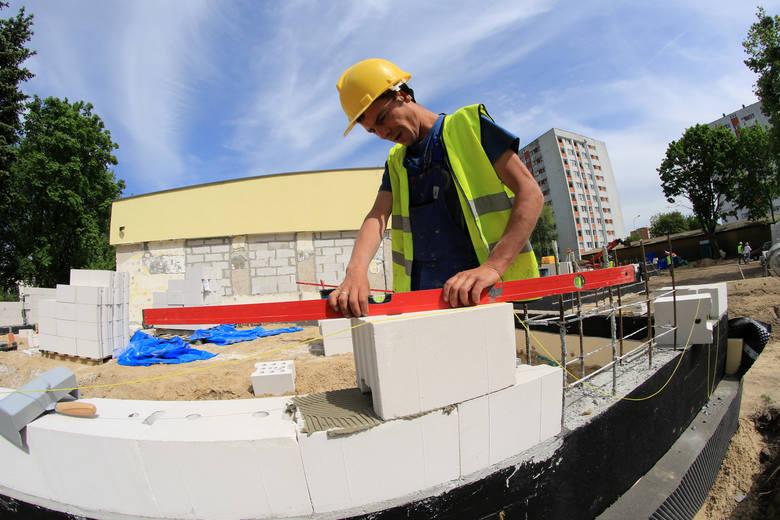 Toruń wydaje miliony na inwestycje i remonty w oświacie
