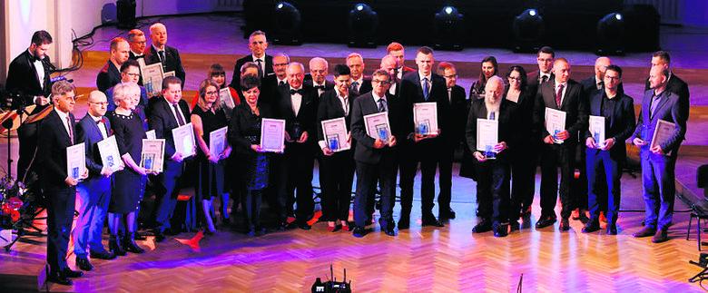 W kat. Biznes nagrodziliśmy wielu laureatów z miast i powiatów, ale w etapie wojewódzkim wygrał Lesław Walaszczyk, współzałożyciel firmy Exact Systems