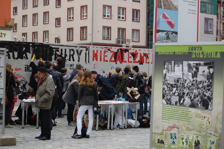 Wernisaż wystawy Kontrkultura. Graffiti - Happening. 2009 r.