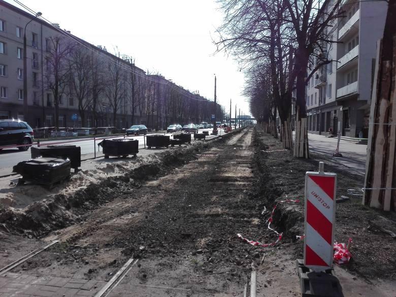 Trwa remont torowiska tramwajowego w Częstochowie. Inwestycja pochłonie ponad 100 mln złotych.