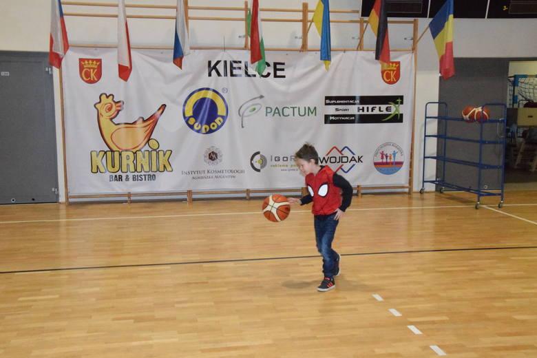 European Youth Basketball League. AZS UJK Kielce rozegrał pierwszy mecz. Przegrał z BK NH Tigers Ostrava