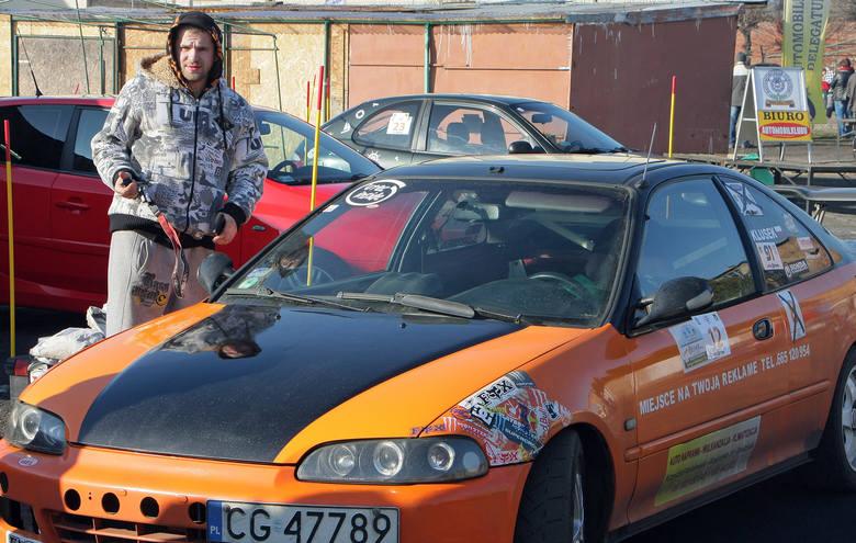 Po pierwszej rundzie liderem cyklu o tytuł Grudziądzkiego Mistrza Kierownicy jest Aleksander Rzepecki z okolic Bydgoszczy. Grudziądzanin Wojciech Klusek