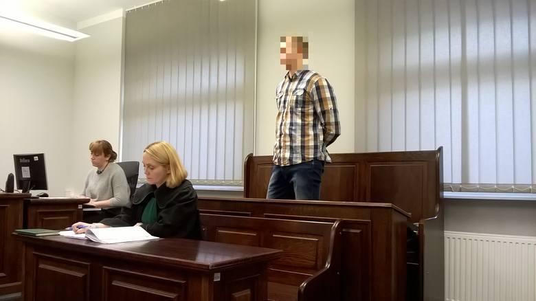 Znęcał się nad tygrysem w zoo w Poznaniu. Chociaż miał iść do więzienia, za kratki ostatecznie nie trafi