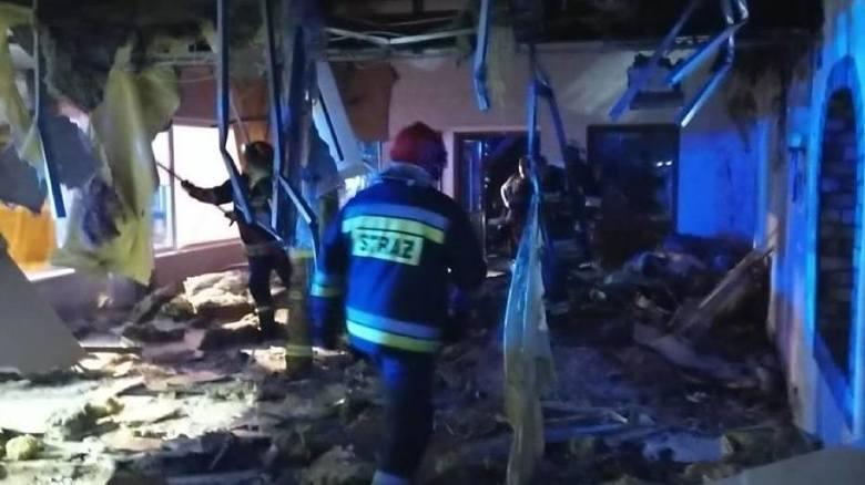 - Potężny pożar restauracji w Laskowie! Na miejscu wiele sił i środków - informowali w czwartek wieczorem strażacy z OSP w Szamocinie.Przejdź do kolejnego
