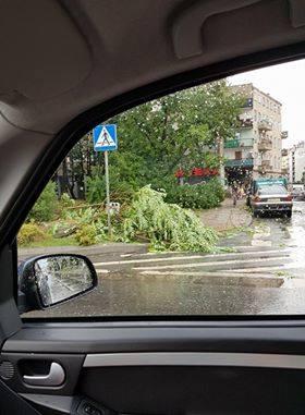 Zalana ulica Grabiszyńska