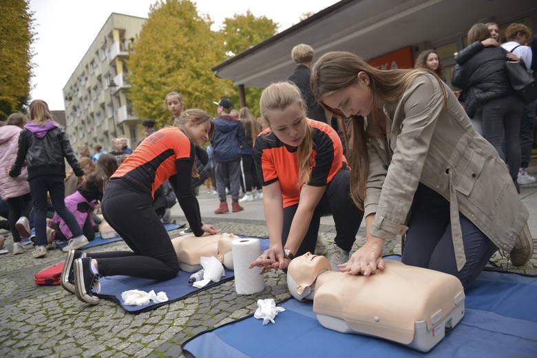 Bicie rekordu odbyło się w ramach obchodów Europejskiego Dnia Przywracania Czynności Serca. Celem było wspólne promowanie w całej Polsce nauki pierwszej