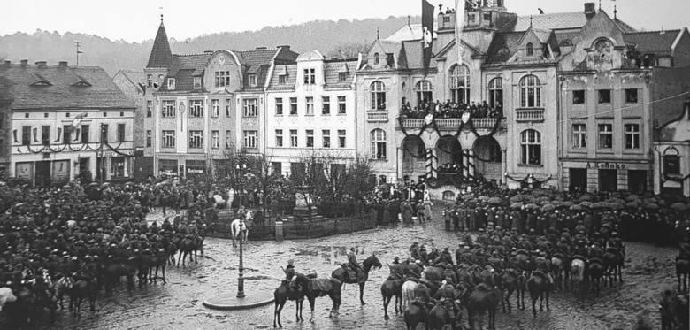 Powitanie wojsk polskich na wejherowskim Rynku, 10 lutego 1920