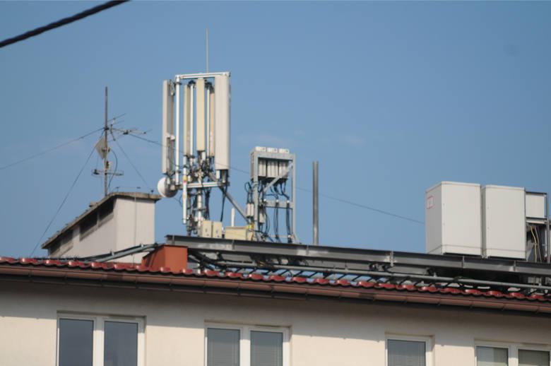W Mrągowie modlą się o unicestwienie urządzeń i wież nowoczesnej technologii 5G