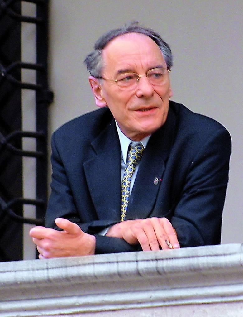 Wojciech Szczęsny Kaczmarek był prezydentem Poznania w latach 1990-1998. Przez trzy kadencje do 2002 roku zasiadał w Radzie Miasta. W latach 80. działał w Solidarności. Urodził się w 1942 roku w Luboniu. Studiował fizykę na UAM. Pracował naukowo na Akademii Rolniczej, UAM i na uczelniach w...