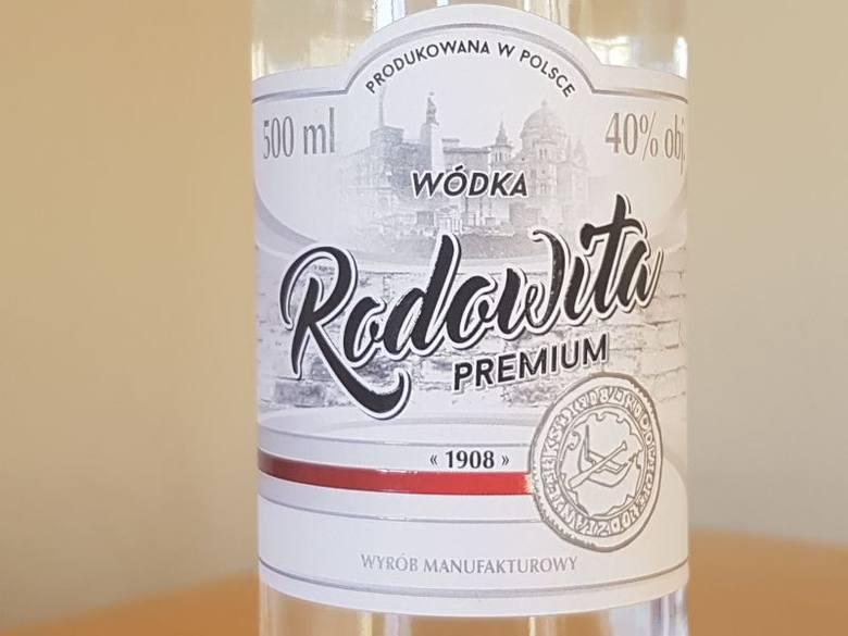 Kibice Łódzkiego Klubu Sportowego mają swój alkohol. Jest to wódka o mocy 40 procent!Tak mieszka Jewgen Radionow