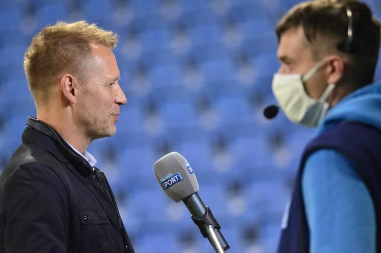 - Pracujemy nad kilkoma transferami - mówi Tomasz Rząsa dla Głosu Wielkopolskiego. - Liczymy, że do końca okienka przeprowadzimy jeszcze trzy. Na 100