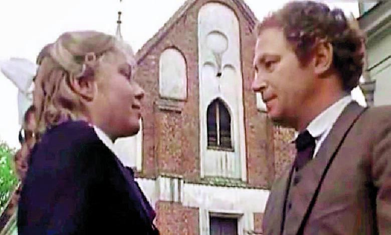 """""""Najdłuższa wojna nowoczesnej Europy"""" - serial historyczny z 1979-1981 roku. Na zdjęciu Witold Dębicki i Joanna Żółkowska."""
