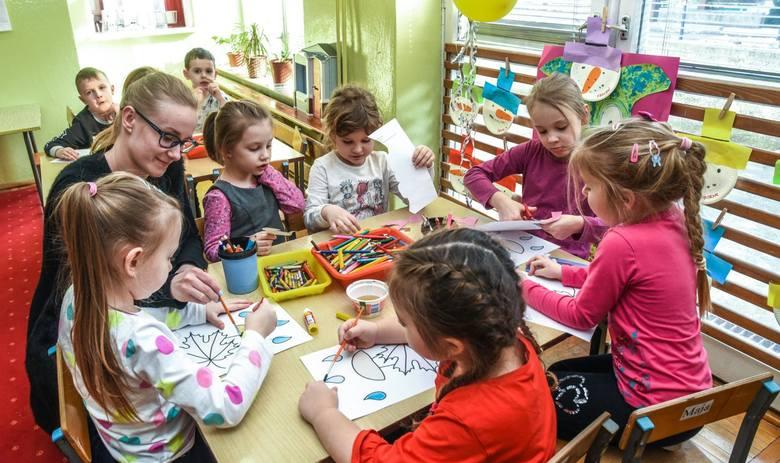 Po feriach zaczną się zapisy do przedszkoli i pierwszych klas podstawówek. Za pomocą elektronicznego systemu odbędzie się nabór do przedszkoli i podstawówek