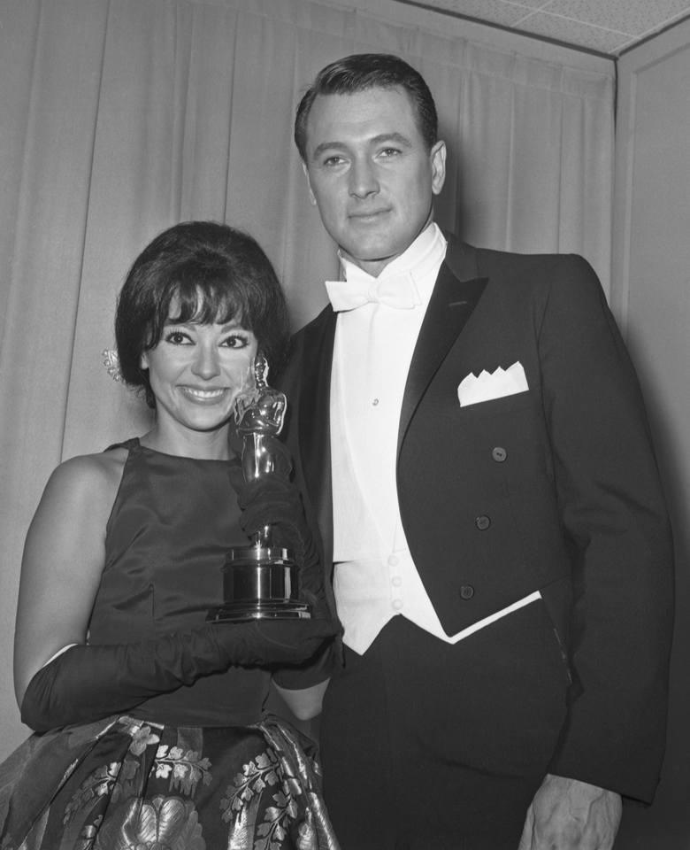 """Rita Moreno i Rock Hudson w 1962 r. Moreno wygrała wtedy Oscara za najlepszą rolę drugoplanową w musicalu """"West Side Story"""". Film zdobył"""