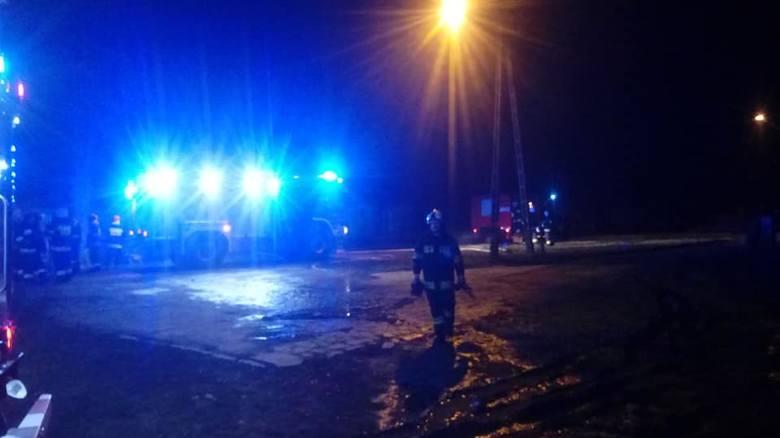 Do tragedii doszło w niedzielę (17 lutego) wieczorem. O godz. 19.40 strażacy z OSP Przyborów oraz z zawodowcy Nowej Soli wyjechali do pożaru budynku