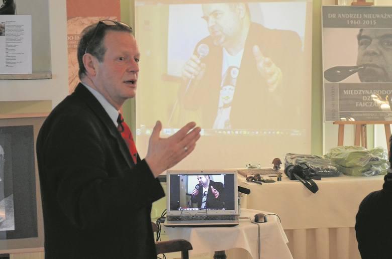 Spotkania z dr. Andrzejem Nieuważnym wspominał podczas konferencji fajczarskiej Mirosław Jurgielewicz