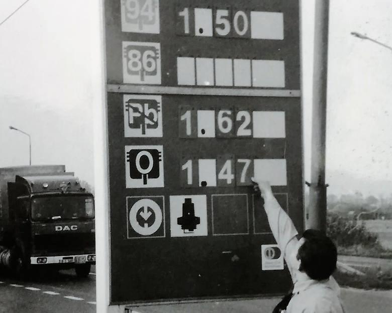 Benzyna za 1,40 zł, a diesel za złotówkę. Paliwo z importu i niewielkie kolejki przy dystrybutorach. Zobaczcie unikatowe zdjęcia Tadeusza Kwaśniewskiego,