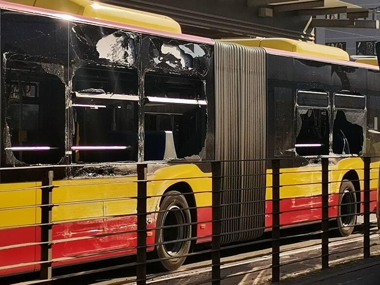 Wykolejenie tramwaju i zderzenie z autobusem MPK we Wrocławiu 10.06.2021