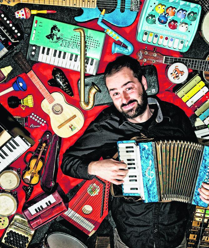 W Sali Mieszczańskiej Ratusza Staromiejskiego publiczność usłyszy znane utwory wykonane na miniaturowych instrumentach