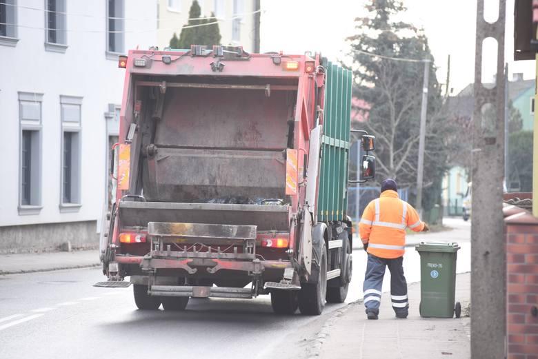 Zakład Gospodarki Komunalnej w Zielonej Górze prowadzi na swojej stronie wyszukiwarkę odpadów. Mieszkańcy pytają, gdzie wyrzucić paragon, brudną tackę