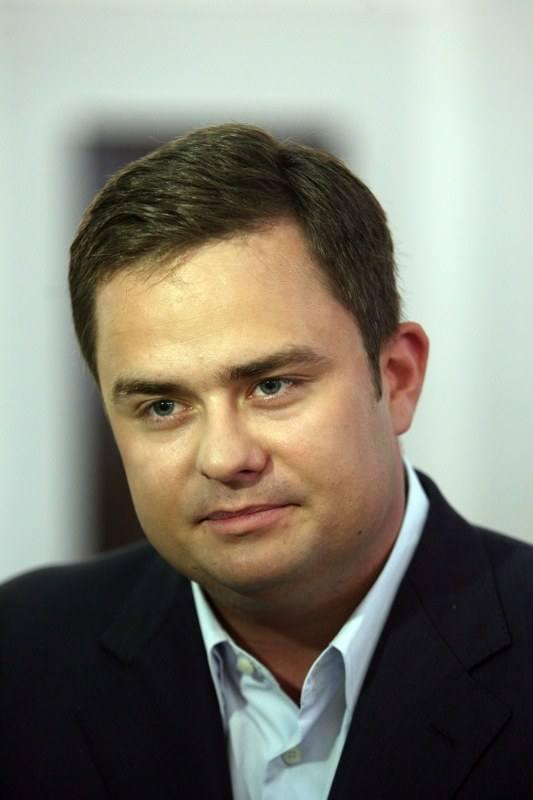 Adam Hofman, poseł PiS z Konina, 28 tys. zł poseł wydał na telefony. To jedna z najwyższych kwot wśród posłów z całej Polski.