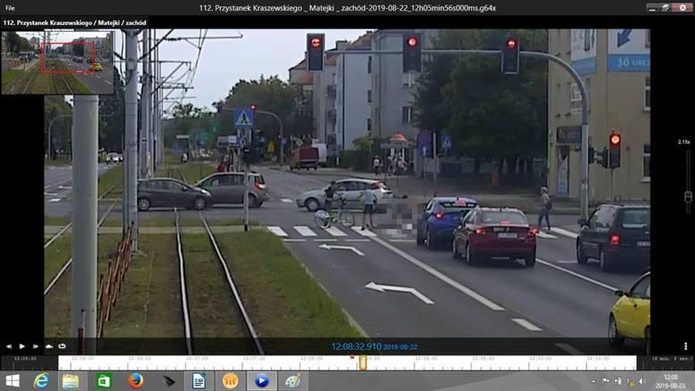 Czy 15-letni rowerzysta, który śmiertelnie potrącił staruszkę na Bydgoskim Przedmieściu, wróci do domu z ośrodka? Jest decyzja Sądu Okręgowego w Toruniu.Łukasz